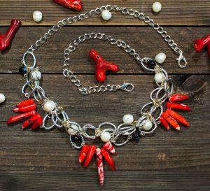 Ожерелье из Коралла, Жемчуга и черного Оникса