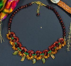 Ожерелье Янтарь, Яшма красная, Унакит,Бычий глаз, зеленый Кварц